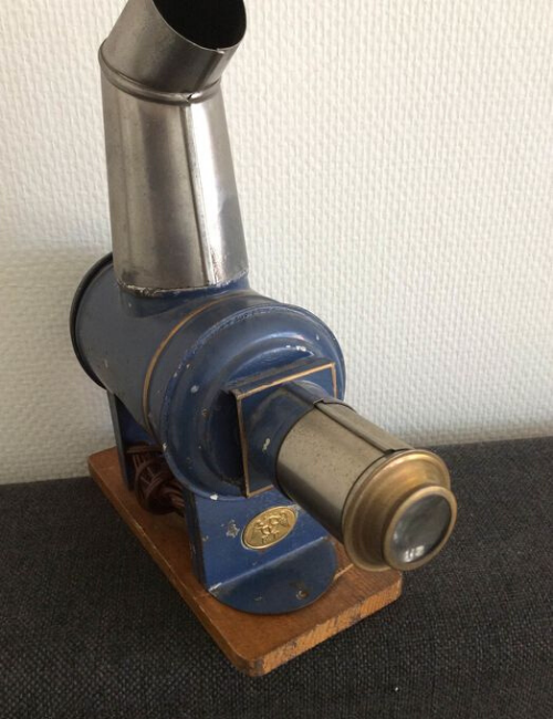 Lanterne magique ancienne Ernst Planck