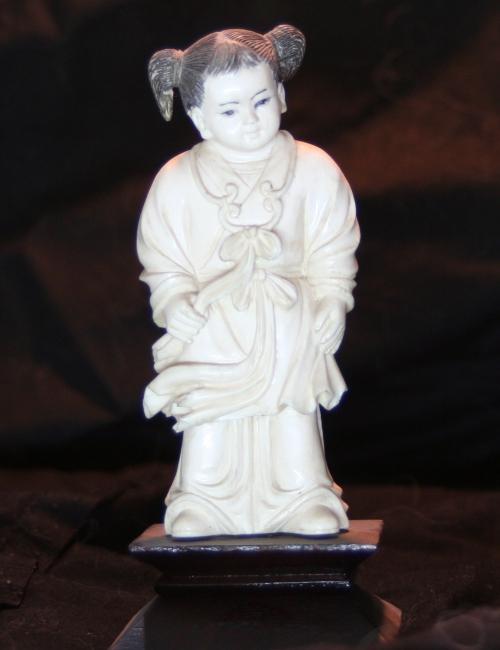 Statuette chinoise ivoire enfant