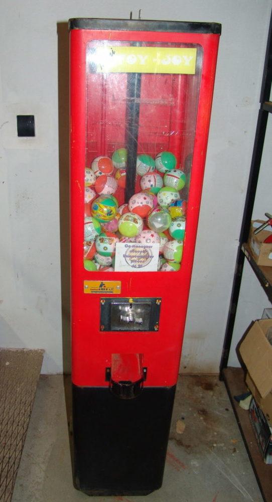 Distributeur de boules surprises